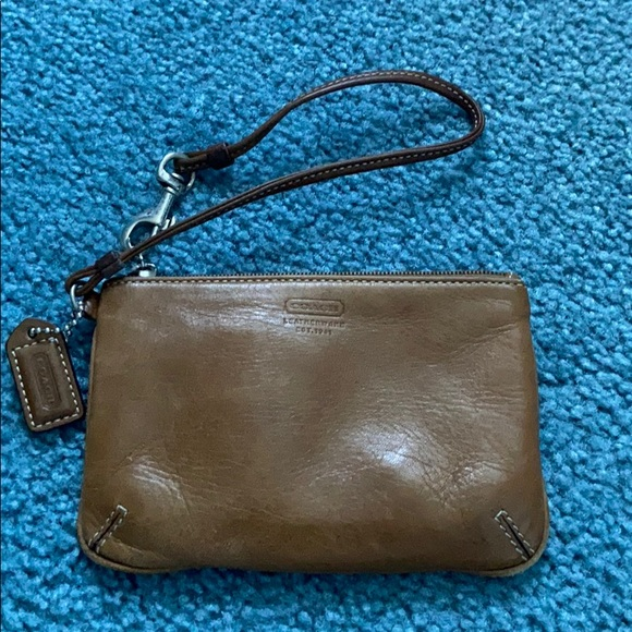 Coach Handbags - Coach Leather Wristlet